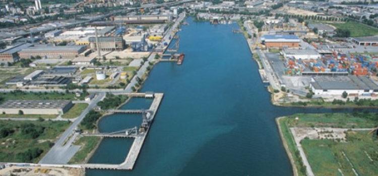 Trieste: Serracchiani, appello a istituzioni per sviluppo. Cosolini: quota di industria serve a Trieste
