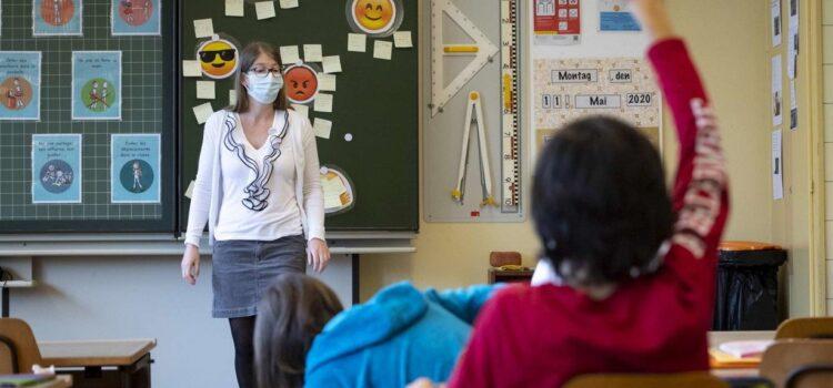 Scuola: tempi per tamponi creano gravi disagi