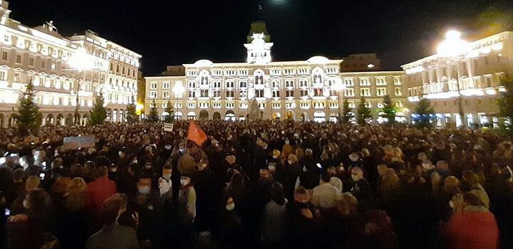 """Manifestazione in piazza Unità, Famulari: """"Pd vicino a tutti i lavoratori, il sindaco non evochi la rivolta"""""""